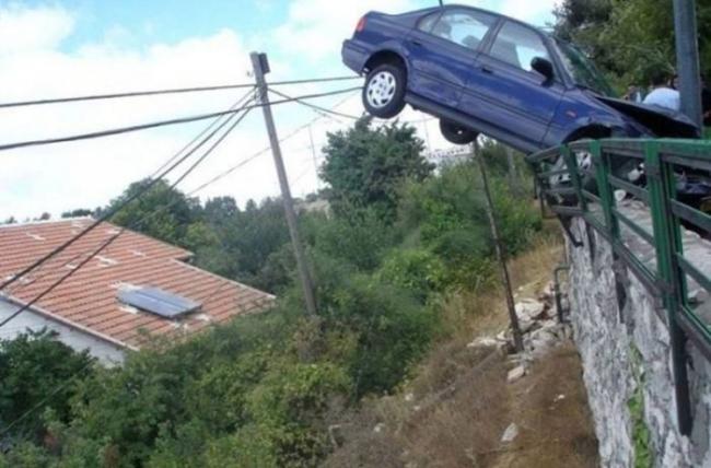 strange_car_accidents_13